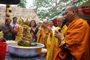 Tết Bunpimay cho người Lào tại huyện Buôn Đôn