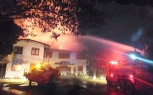 Cháy ký túc xá, ít nhất 17 nữ sinh thiệt mạng