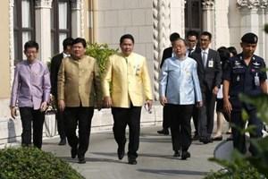 Thái Lan: Nhiều bộ trưởng từ chức để tập trung cho chiến dịch vận động tranh cử