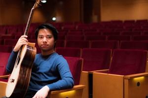 'Thần đồng' guitar Trần Tuấn An biểu diễn tại Hà Nội