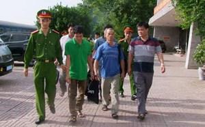 Thanh Hóa: Di lý thành công 4 đối tượng có lệnh truy nã từ phía Nam về 'quy án'