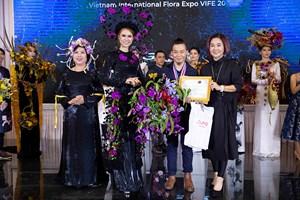 Thí sinh Việt Nam giành giải nhất cuộc thi thiết kế hoa tại triển lãm hoa tươi quốc tế 2019