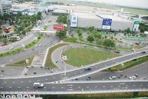 Thông xe nhánh cầu vượt dẫn vào sân bay Tân Sơn Nhất
