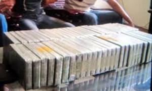 Các tổ 141 thu 1.590 viên thuốc dạng nén nghi ma túy tổng hợp