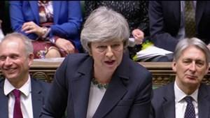 Thủ tướng Anh nhận thêm thất bại về Brexit