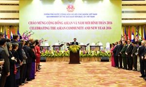 Thủ tướng Nguyễn Tấn Dũng chiêu đãi Đoàn Ngoại giao nhân thành lập Cộng đồng ASEAN