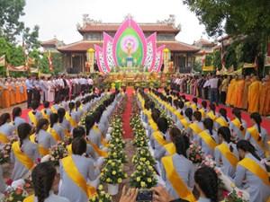 Thừa Thiên - Huế mừng Đại lễ Phật đản 2017