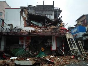 Thừa Thiên – Huế: Nhà hai tầng đổ sập trong đêm