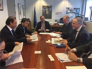 Thúc đẩy quá trình ký kết và phê chuẩn EVFTA