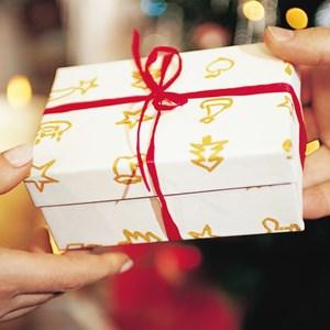 Thực hiện nghiêm quy định về tặng quà, nhận quà dịp Tết