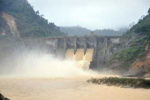 Thủy điện Hố Hô lại bất ngờ xả lũ lưu lượng lớn trong đêm