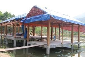 Tiến hành tháo dỡ khu nghỉ dưỡng trái phép trong rừng phòng hộ Trà Lý