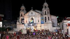 Tổng thống Duterte kêu gọi Vatican cho phép các giám mục có bạn trai