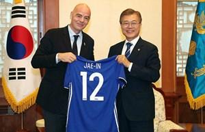 Tổng thống Hàn Quốc đề nghị đồng tổ chức World Cup với Triều Tiên