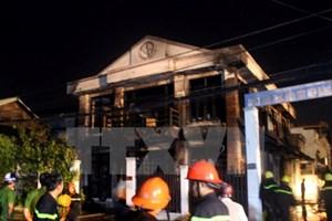 TP Hồ Chí Minh: Cháy cửa hàng chăn ga , 2 người chết