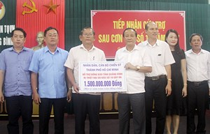 TP. Hồ Chí Minh hỗ trợ người dân Quảng Bình 1,5 tỷ đồng