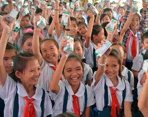 TP Hồ Chí Minh: Thực hiện chương trình sữa học đường ở nhiều quận, huyện