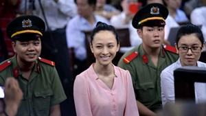 Trả hồ sơ, điều tra bổ sung 'vụ án Hoa hậu Phương Nga'