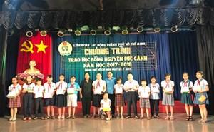 Trao 167 suất học bổng Nguyễn Đức Cảnh cho học sinh, sinh viên vượt khó