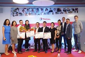 Trao giải cho các dự án khởi nghiệp xuất sắc tại cuộc thi Nhà khởi nghiệp của năm