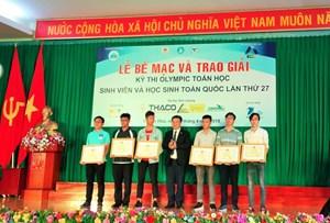 Trao giải Olympic Toán sinh viên và học sinh toàn quốc