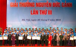 Trao Giải thưởng Nguyễn Đức Cảnh cho 70 cá nhân tiêu biểu