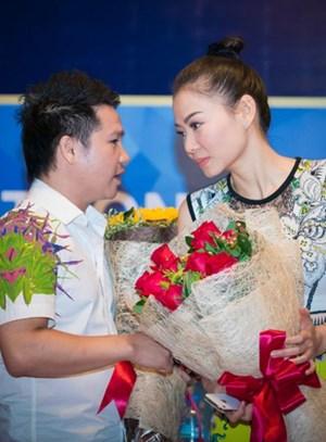 Trọng Tấn gây bất ngờ khi song ca 'Đừng Yêu' với Thu Minh