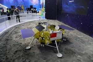 Trung Quốc hạ cánh thành công tàu vũ trụ xuống 'phần tối' Mặt trăng