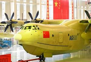 Trung Quốc ra mắt thủy phi cơ lớn nhất thế giới