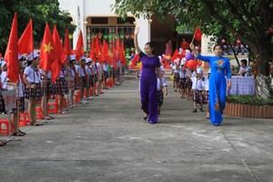 Trường chuyên Hà Tĩnh có 30 học sinh ưu tú được kết nạp Đảng