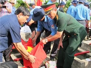 Truy điệu, an táng 14 hài cốt liệt sĩ hy sinh tại Campuchia