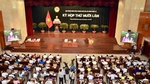 Hội đồng nhân dân TP HCM triển khai mô hình 'Kỳ họp không giấy'