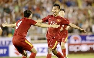 Tuyển thủ Việt Nam có tên trong danh sách chuyền bóng nhiều nhất AFF Cup