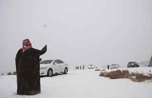 Tuyết rơi giữa... sa mạc
