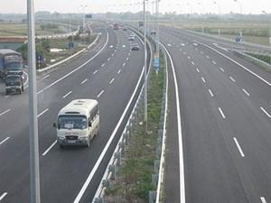 Ủy ban Thường vụ Quốc hội cho ý kiến tuyến đường bộ cao tốc Bắc - Nam