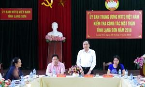Vận động nhân dân vùng giáp biên sử dụng hàng Việt