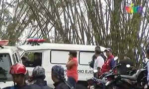 Venezuela: Máy bay quân sự bị thiêu rụi sau khi rơi, không ai sống sót