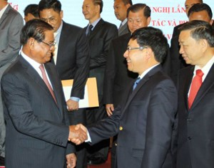Việt Nam - Campuchia: Tăng cường hợp tác toàn tuyến biên giới