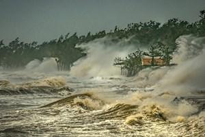 Việt Nam đoạt giải Nhất cuộc thi ảnh 'Thời tiết và khí hậu khu vực Ủy ban Bão'