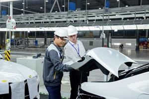 VinFast đưa 155 xe ô tô LUX ra nước ngoài kiểm thử