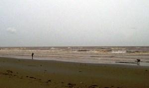 Vợ chết trong lưới, chồng mất tích trên biển