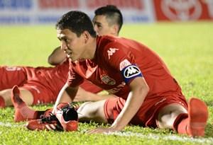Vòng 16 V.League: Nỗi lo của đương kim vô địch