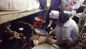 Vụ điều dưỡng cứu người trên sàn nhà: Không xử lý kỷ luật