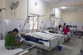 Vụ xe khách đâm vào nhà dân:5 nạn nhân vẫn đang điều trị ở bệnh viện