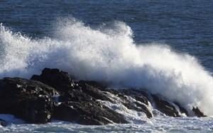 Vùng biển từ Bình Thuân đến Cà Mau đề phòng biển động, lốc xoáy