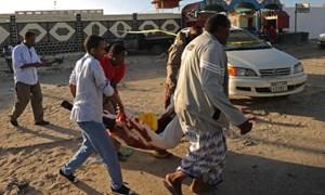 Xả súng tại nhà hàng tại Somalia, 19 người chết