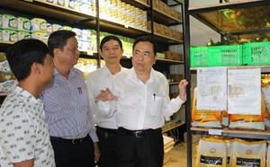 Xây dựng hệ thống phân phối hàng Việt rộng khắp