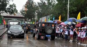 Xe du lịch được tự lái qua Cửa khẩu Quốc tế Móng Cái