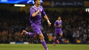 Xé lưới Juve, Ronaldo ghi danh lịch sử Champions League