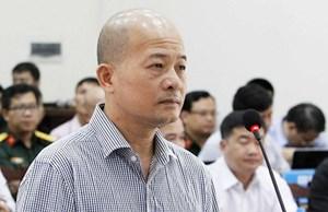 Xét xử Đinh Ngọc Hệ cùng đồng phạm: Xét hỏi các bị cáo tại tòa